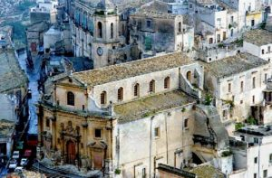 Kostol očistca (Chiesa del Purgatorio), Ragusa. Viac na wiki: https://en.wikipedia.org/wiki/Chiesa_del_Purgatorio,_Ragusa