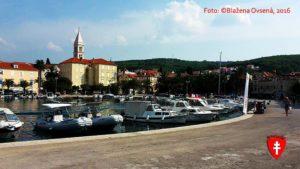 Supetar - prístavná dedinka na ostrove Brač.
